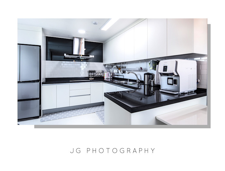 Modern offices & stores by JG PHOTOGRAPHY Modern