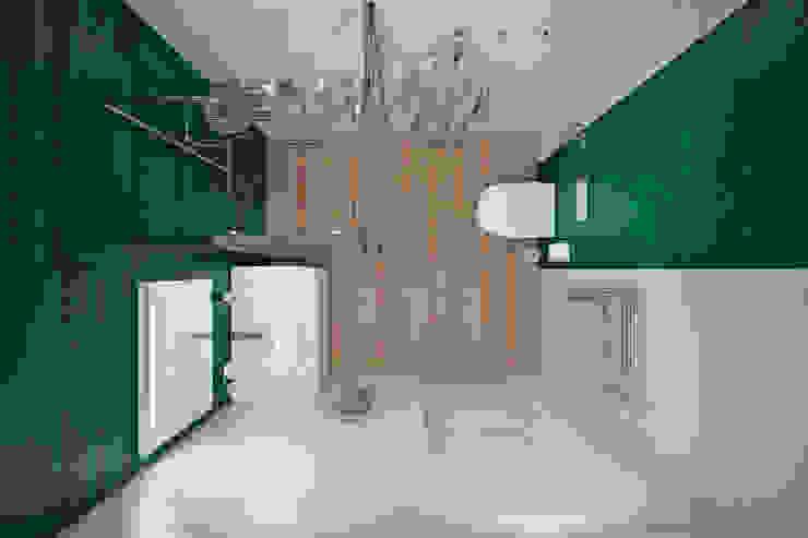 Квартира 80 кв.м. в современном стиле в ЖК «Квартал 38А» Ванная комната в стиле минимализм от Студия архитектуры и дизайна Дарьи Ельниковой Минимализм