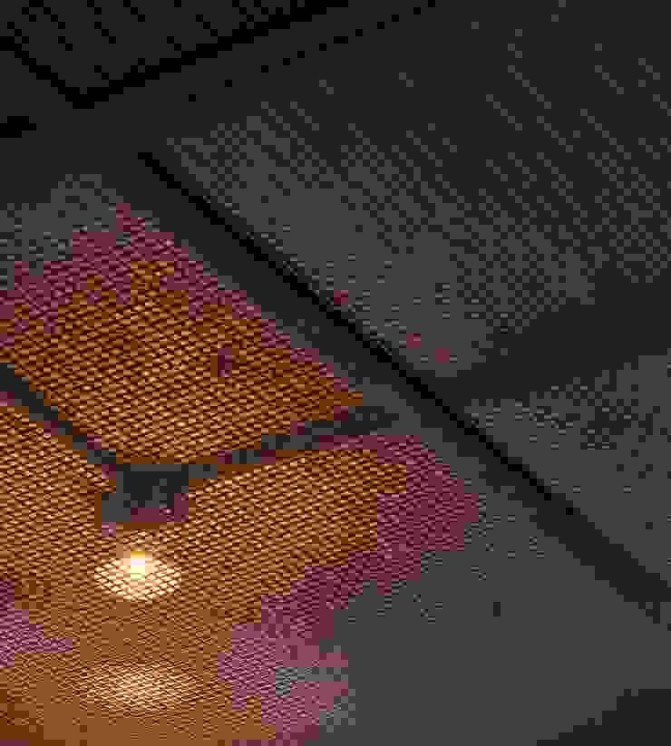 Cocinas de estilo industrial de Nautilo Arquitetura & Gerenciamento Industrial Hierro/Acero