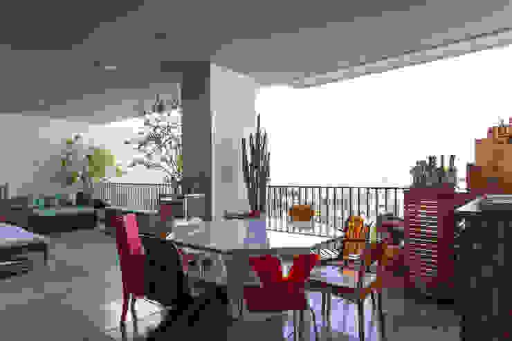 Apto 360 Salas de jantar industriais por Nautilo Arquitetura & Gerenciamento Industrial
