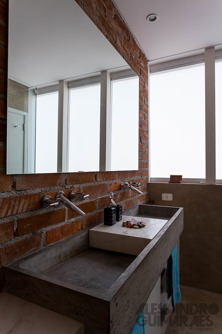 Apto 360 Banheiros industriais por Nautilo Arquitetura & Gerenciamento Industrial Concreto