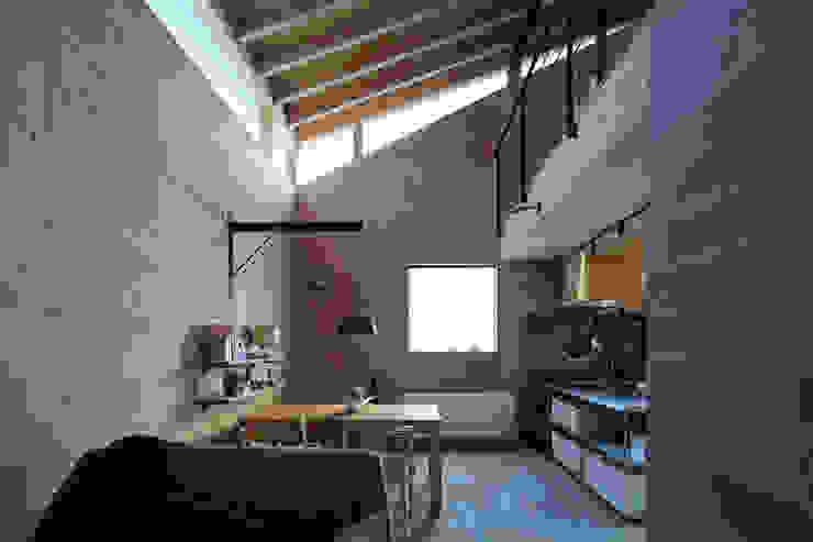 Moderne Wohnzimmer von ㈱ライフ建築設計事務所 Modern
