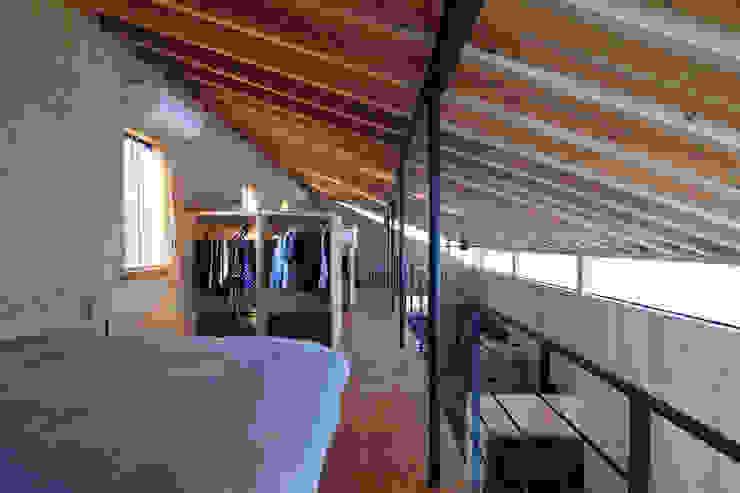 Moderne Schlafzimmer von ㈱ライフ建築設計事務所 Modern