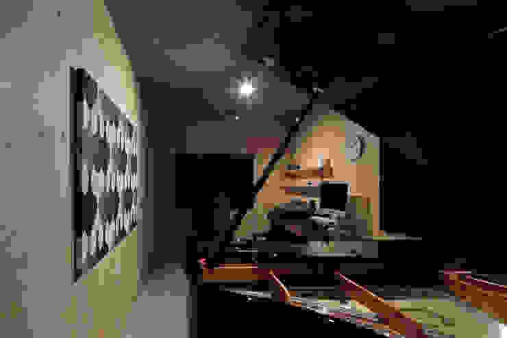 Moderne Arbeitszimmer von ㈱ライフ建築設計事務所 Modern
