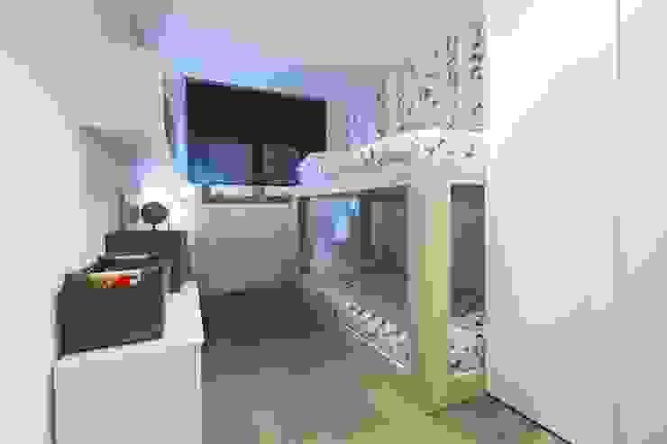 Interior Casa Particular de Luxiform Iluminación Moderno