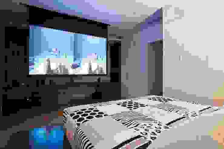Gian phòng mang phong cách hiện đại sang trọng. Phòng ngủ phong cách châu Á bởi Công ty TNHH TK XD Song Phát Châu Á Đồng / Đồng / Đồng thau