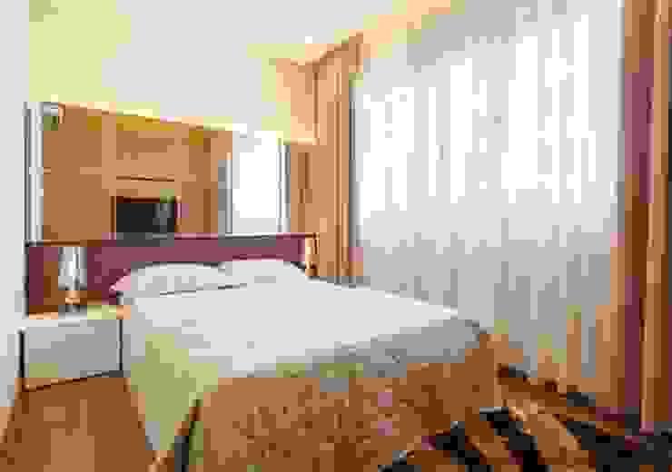Gian phòng ngủ đầy tiện nghi, thư giãn. Phòng ngủ phong cách châu Á bởi Công ty TNHH TK XD Song Phát Châu Á Đồng / Đồng / Đồng thau