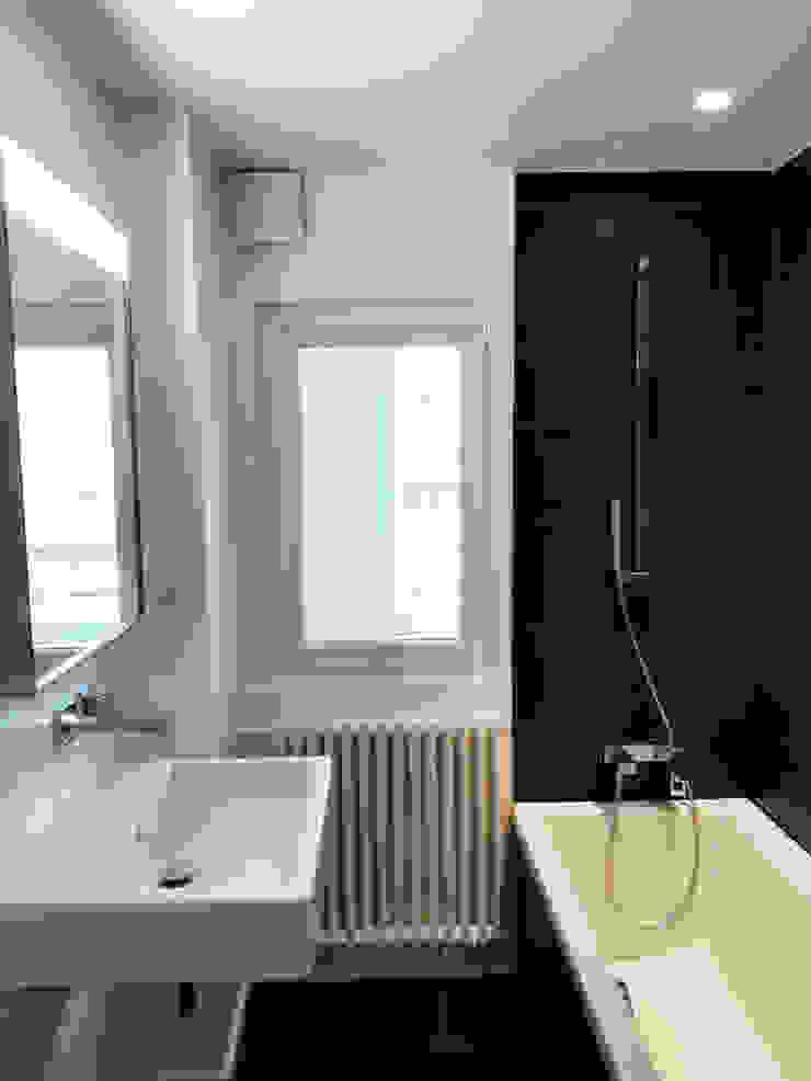Lionel CERTIER - Architecture d'intérieur Modern bathroom