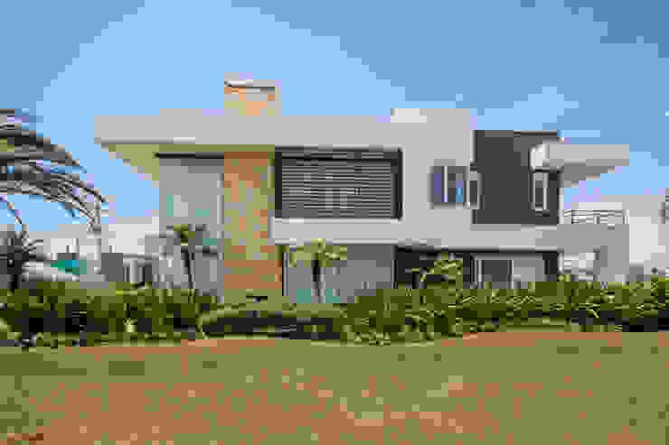 Residência C135 Casas modernas por Arquiteto Vinicius Vargas Moderno