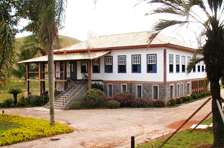 Casa de Fazenda Hérmanes Abreu Arquitetura Ltda Casas do campo e fazendas