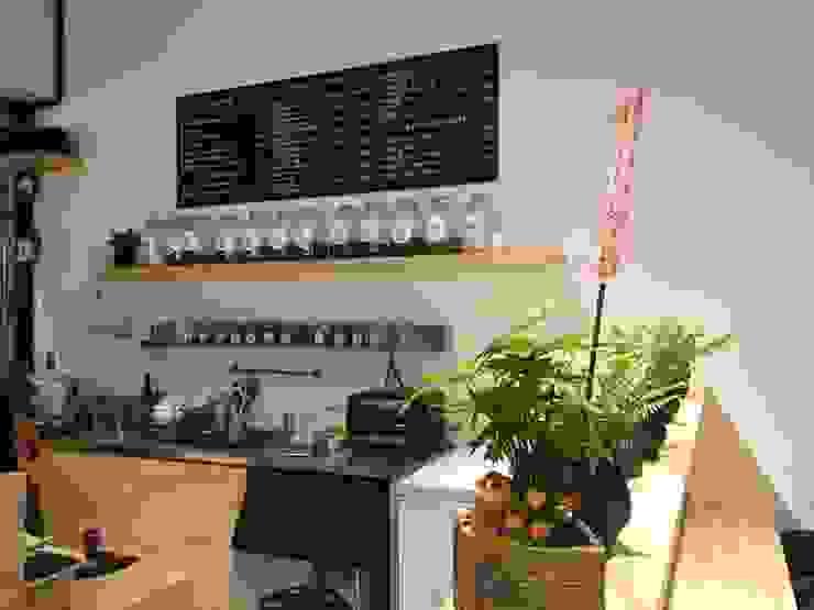 諾馬連鎖咖啡 南勢角店 根據 捷士空間設計(省錢裝潢) 工業風