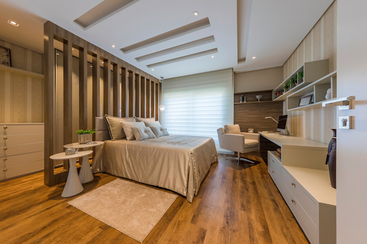 TRÍADE ARQUITETURA Modern Bedroom Wood Wood effect