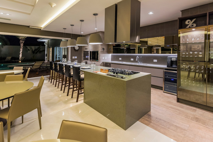 espaço gourmet Cozinhas modernas por TRÍADE ARQUITETURA Moderno Cobre/Bronze/Latão