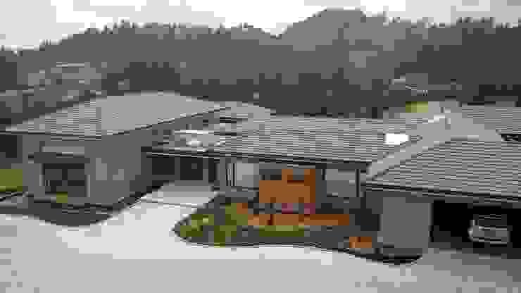 Manantiales de la Acuarela: Casas campestres de estilo  por Espacios Positivos, Ecléctico Concreto