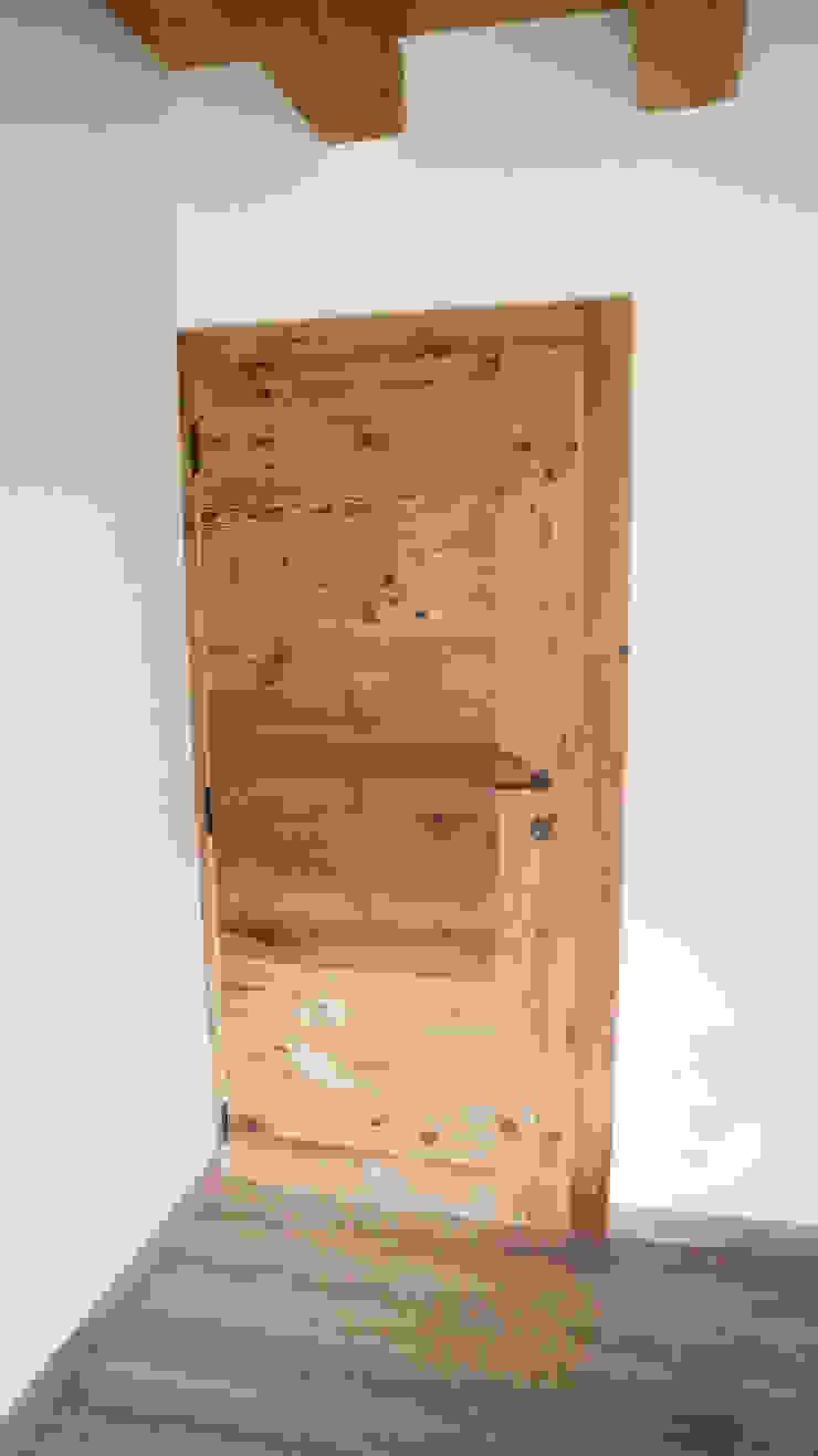 de RI-NOVO Rústico Madera Acabado en madera
