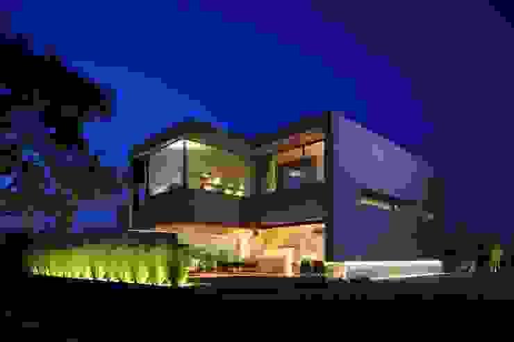 M2 HOUSE Casas modernas de Hernandez Silva Arquitectos Moderno