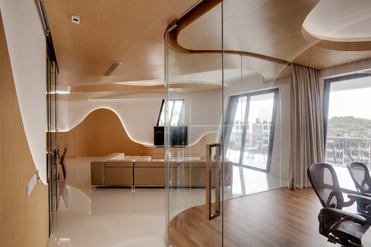 Landscape Apartment at D'leedon Modern living room by Lim Ai Tiong (LATO) Architects Modern