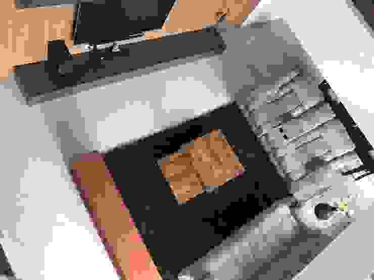 Interior Modern living room by Inspire Interiors & Archcons India Pvt Ltd Modern