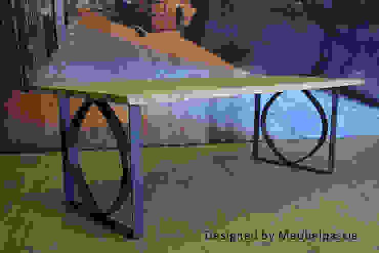 de estilo industrial por Meubelpassie, Industrial