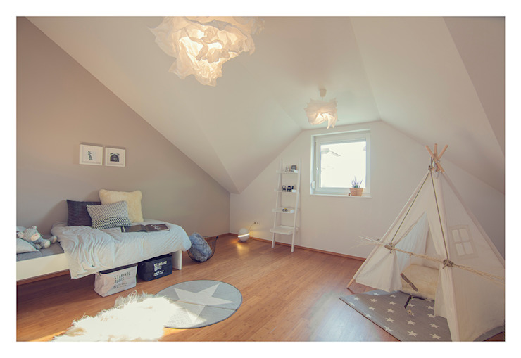 Home Staging einer Wohnung in 1140 Wien die zu VERKAUFEN ist !!! Moderne Kinderzimmer von VIENNA HOME STAGING Modern