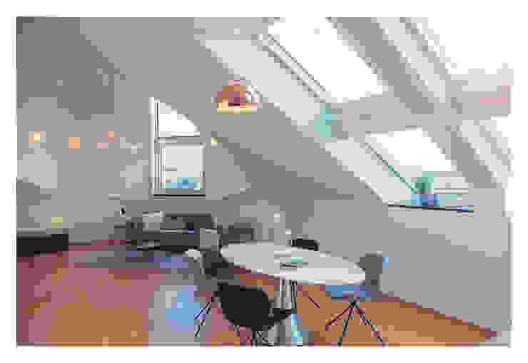 Home Staging einer Wohnung in 1140 Wien die zu VERKAUFEN ist !!! Moderne Esszimmer von VIENNA HOME STAGING Modern