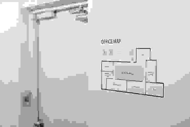 논현동 사무실 인테리어 by (주)건축사사무소 예인그룹 모던 유리
