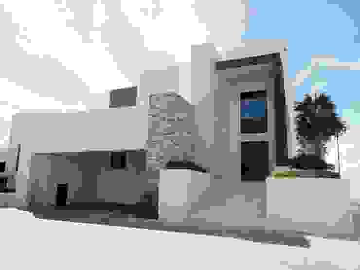 Acrópolis Arquitectura Modern houses