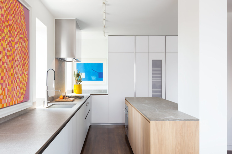 Chelsea Penthouse | Kitchen GD Arredamenti Built-in kitchens Glass White