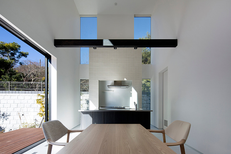 Modern dining room by 松岡淳建築設計事務所 Modern