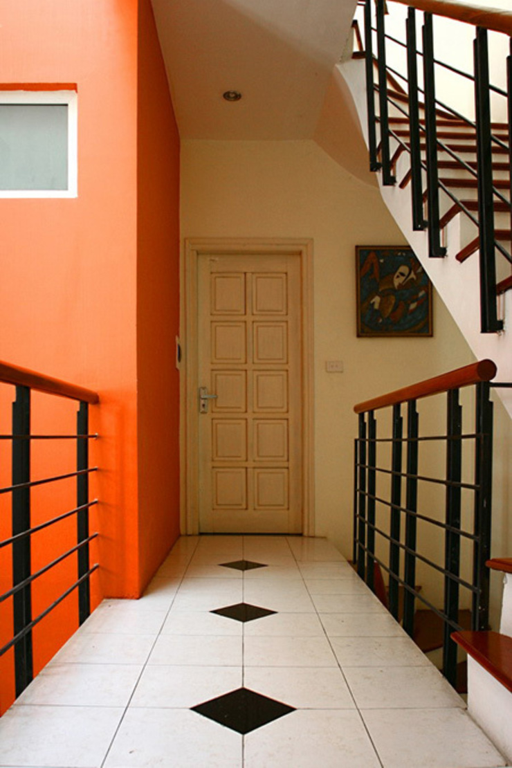 Không gian tầng 2 và 3: phòng ngủ và sân thượng Hành lang, sảnh & cầu thang phong cách hiện đại bởi Công ty TNHH Xây Dựng TM – DV Song Phát Hiện đại