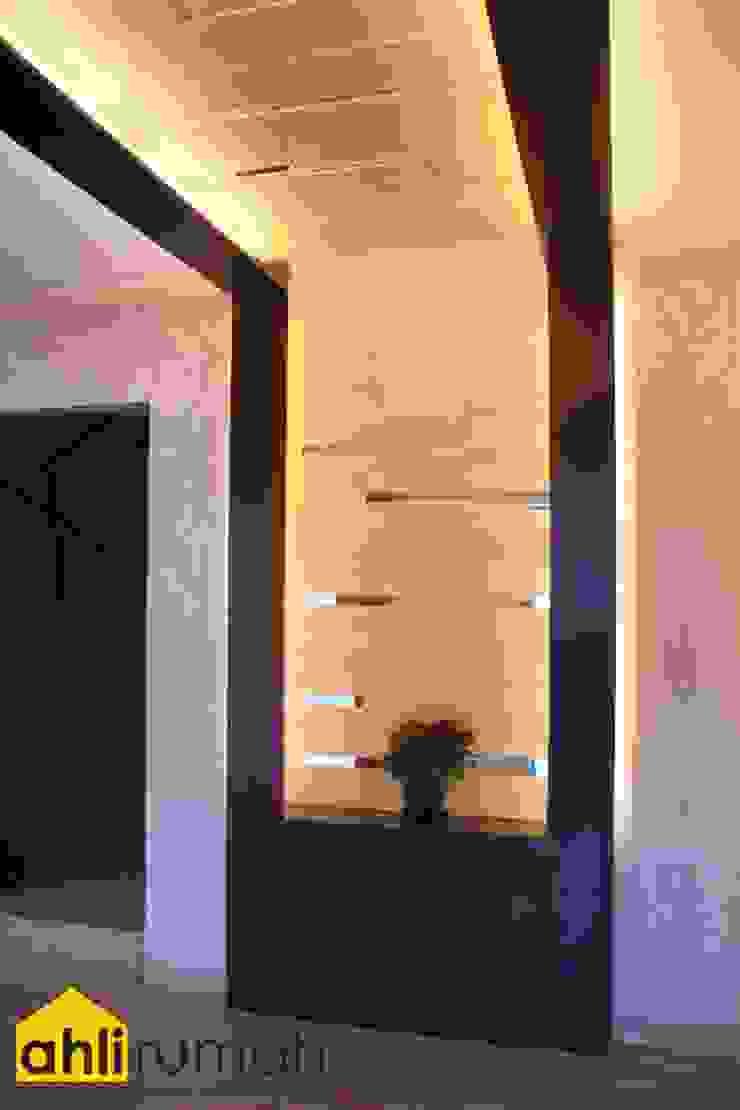 ahlirumah.id Modern living room Stone Amber/Gold