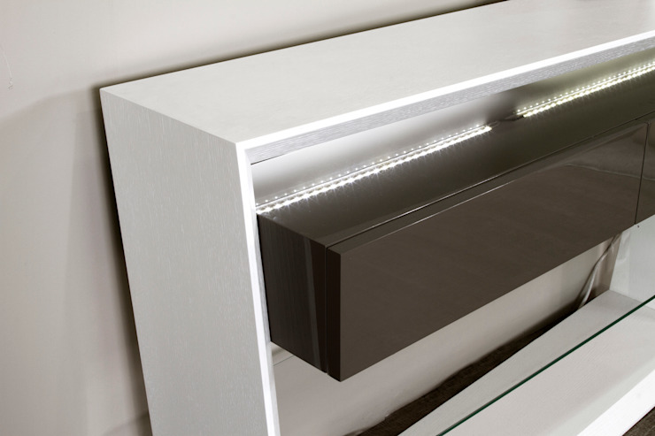 Furniture Details: modern  by Alfaiate d'Interiores, Modern