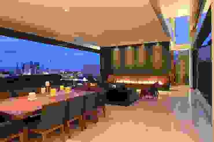 BR HOUSE Modern Living Room by Hernandez Silva Arquitectos Modern