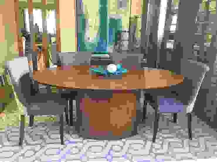Mesa de Jantar Oval Carvalho por Sgabello Interiores Moderno Madeira Efeito de madeira