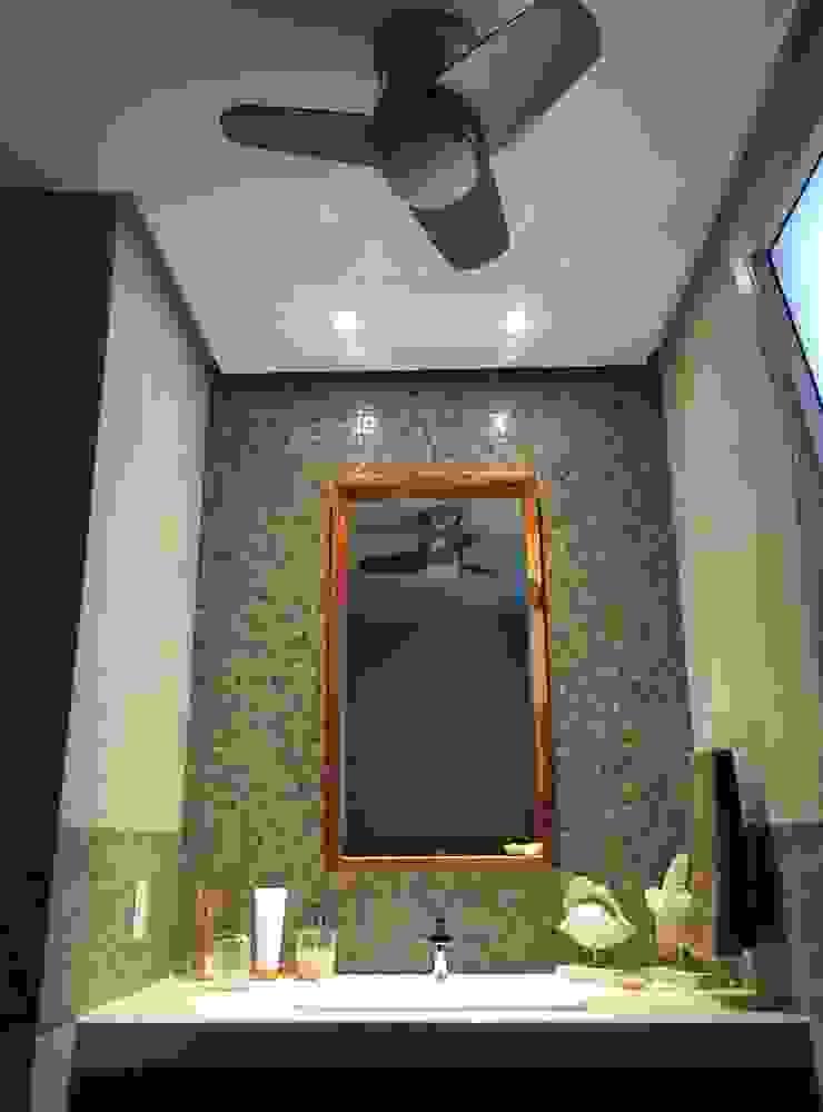 Modern style bathrooms by axg arquitectos Modern
