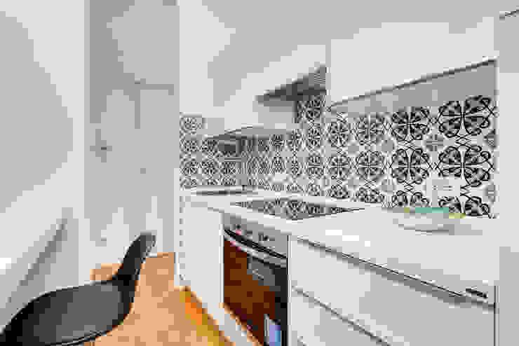 現代廚房設計點子、靈感&圖片 根據 Luca Tranquilli - Fotografo 現代風