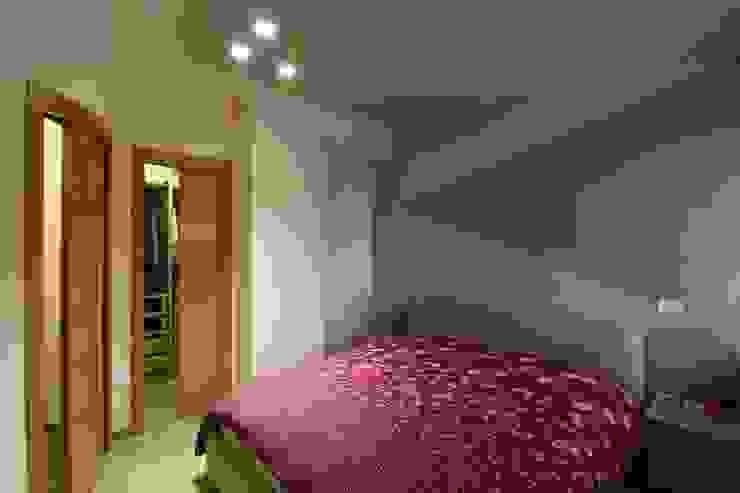ISPIRAZIONI SCANDINAVE Studio di Progettazione e Design 'ARCHITÈ' Camera da letto in stile scandinavo