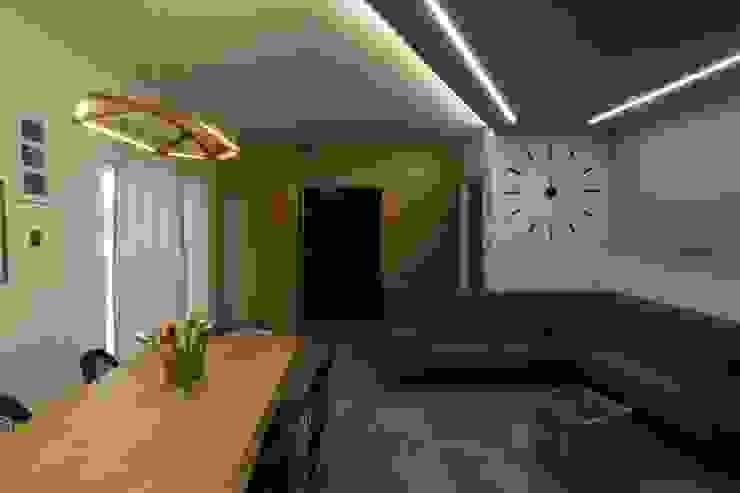ISPIRAZIONI SCANDINAVE Studio di Progettazione e Design 'ARCHITÈ' Sala da pranzo in stile scandinavo