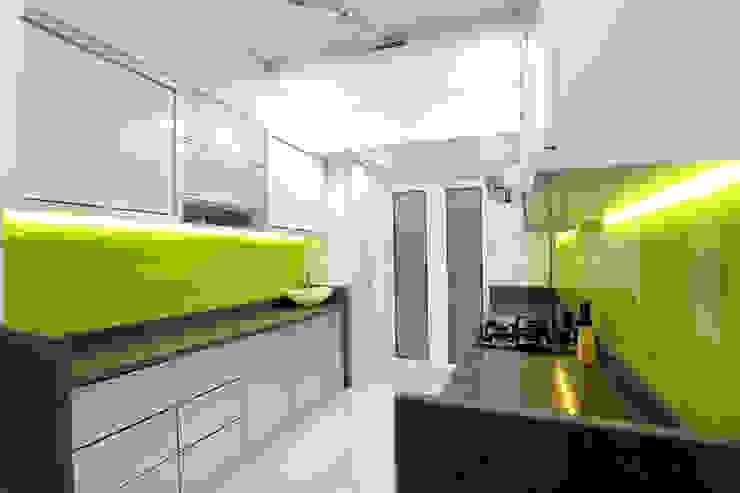 現代廚房設計點子、靈感&圖片 根據 DaVi Studio 現代風