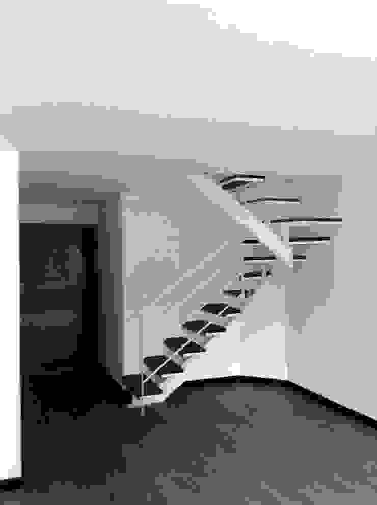 AMR estudio Escaleras