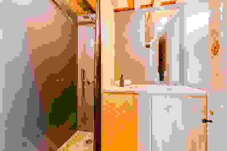 Ivo Santos Multimédia BathroomDecoration