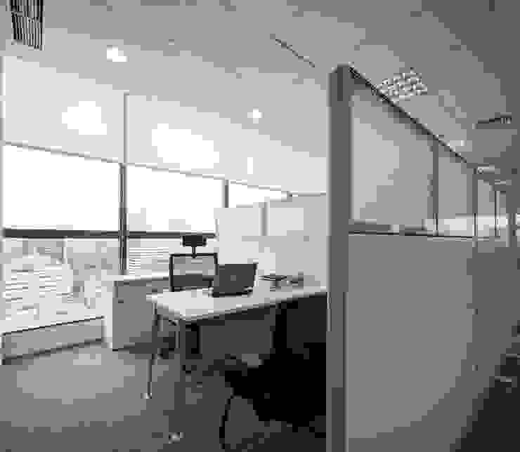 Manager Cubical Bangunan Kantor Modern Oleh Asa Adiguna, PT Modern