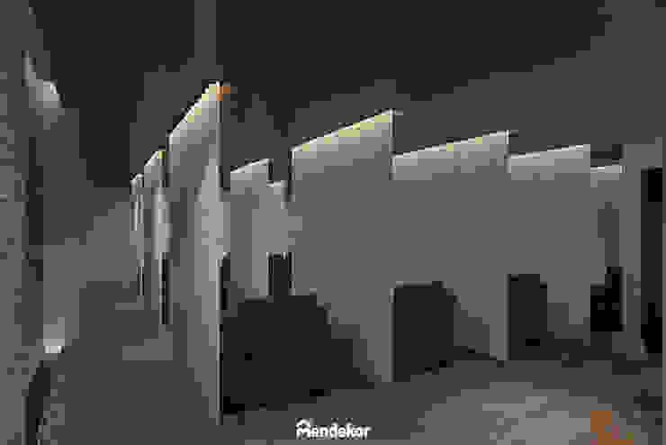 Reflexology Area Ruang Komersial Modern Oleh Mendekor Modern