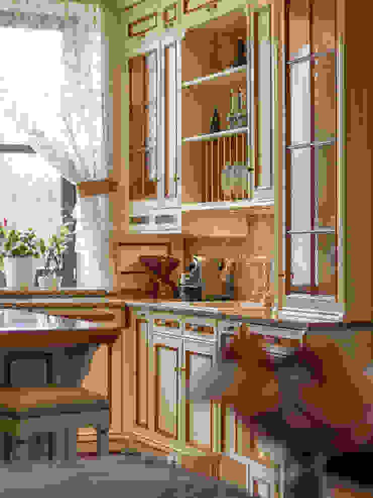 Herend | Kitchen by GD Arredamenti 콜로니얼 (Colonial) 솔리드 우드 멀티 컬러