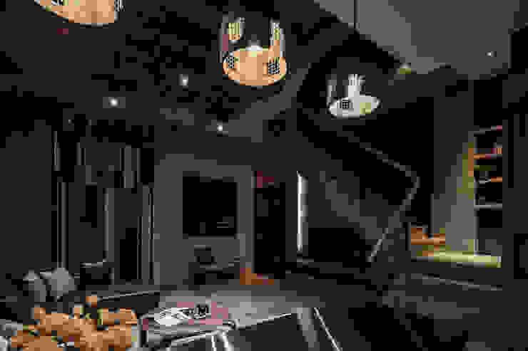 流光 现代客厅設計點子、靈感 & 圖片 根據 漢玥室內設計 現代風 大理石