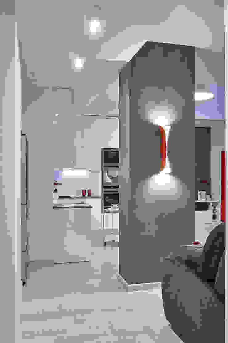Вира-АртСтрой Minimalist corridor, hallway & stairs