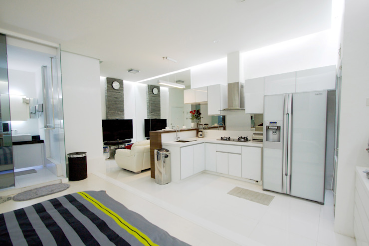 Modern Kitchen by PT. Dekorasi Hunian Indonesia (DHI) Modern