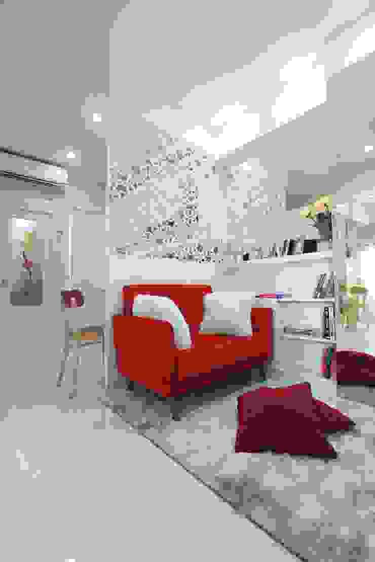 Ruang Tamu / Keluarga Ruang Keluarga Modern Oleh PT. Dekorasi Hunian Indonesia (DHI) Modern