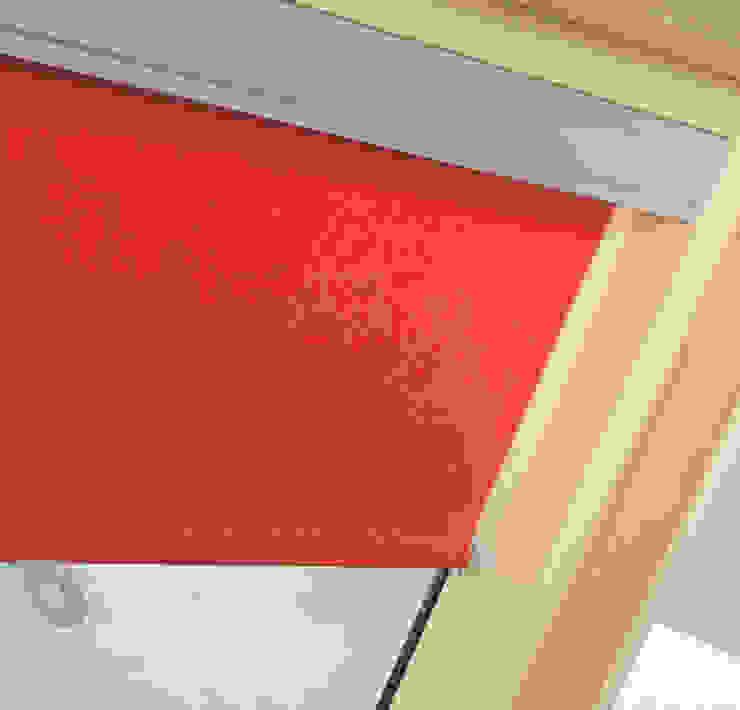 Fakro Çatı Penceresi Windows & doorsWindow decoration Silk Red