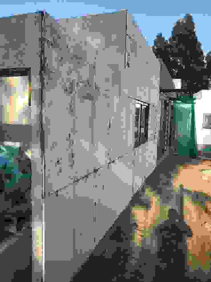 Proceso Instalación Piedra Reconstituida Construcción Vivienda Premium 115m2 Fundo Loreto. Territorio Arquitectura y Construccion - La Serena Casas unifamiliares Compuestos de madera y plástico Acabado en madera